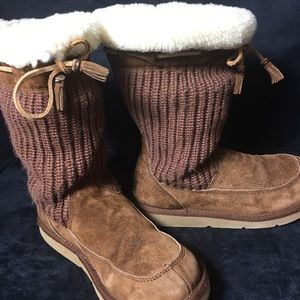 UGG Sherpa Knit Boots in Camel